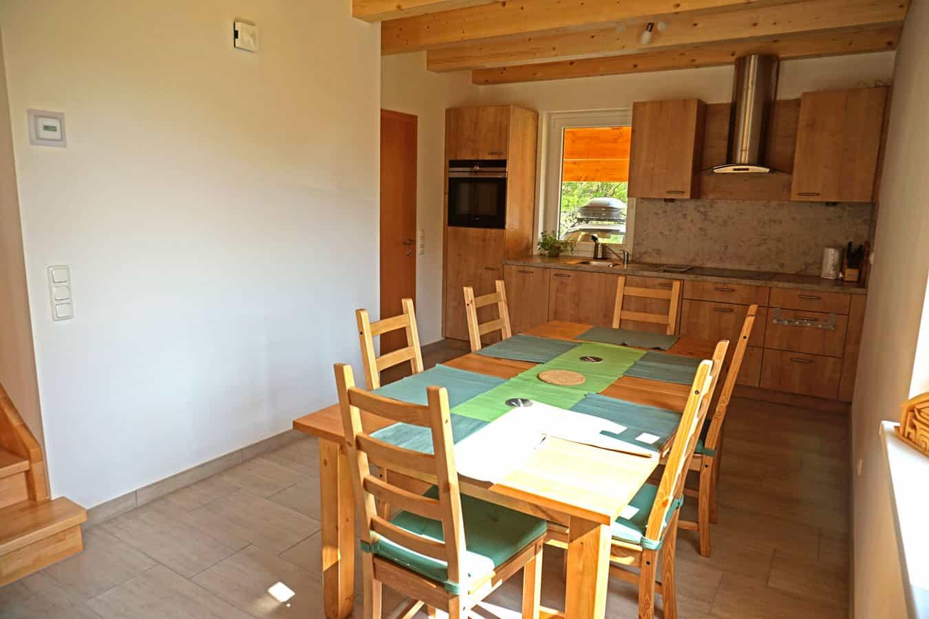 KWO-villa-Chalet-Underhill-04-Dining-Room