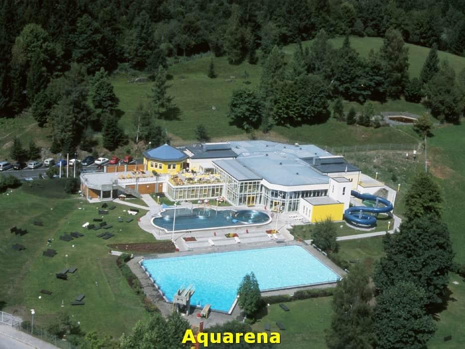 kwo-villa-activiteit-kotschach-karinthie-oostenrijk-01-zwembad-aquarena