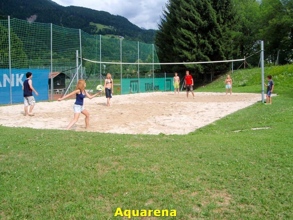 kwo-villa-activiteiten-kinderen-karinthie-oostenrijk-02-volleybal-aquarena