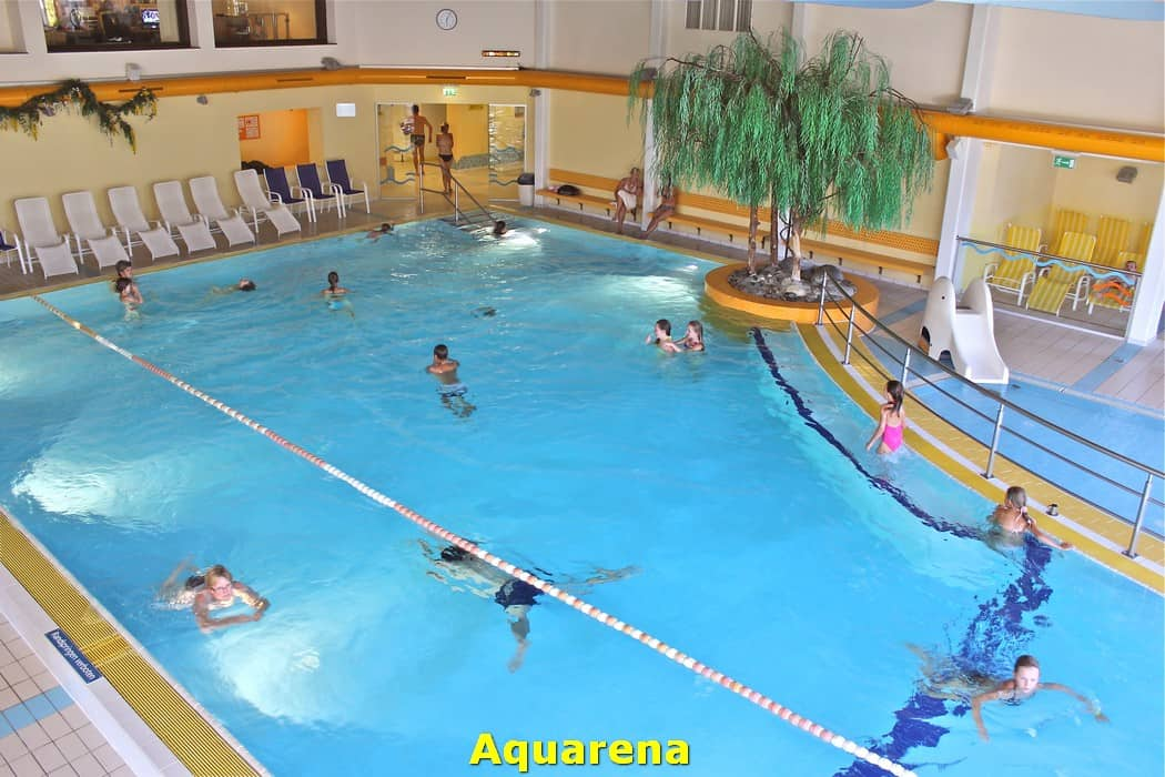 kwo-villa-activiteiten-kinderen-karinthie-oostenrijk-03-zwemmen-aquarena