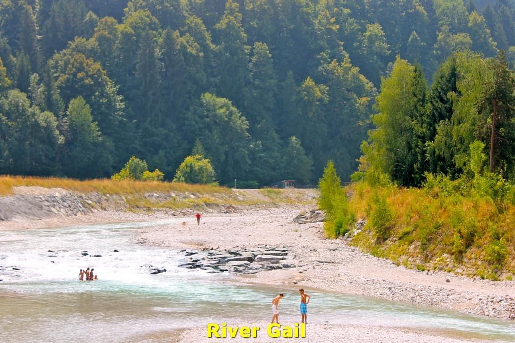 kwo-villa-karinthie-oostenrijk-01-arnoldstein-rivier-gail