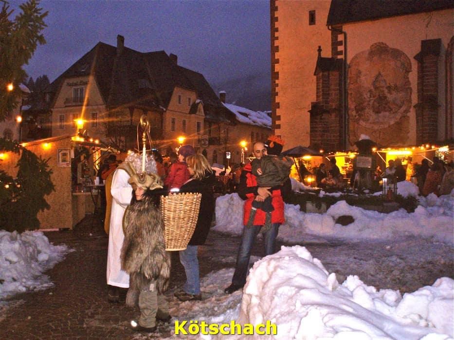 kwo-villa-kotschach-karinthie-oostenrijk-03-dorpsplein-sinterklaas