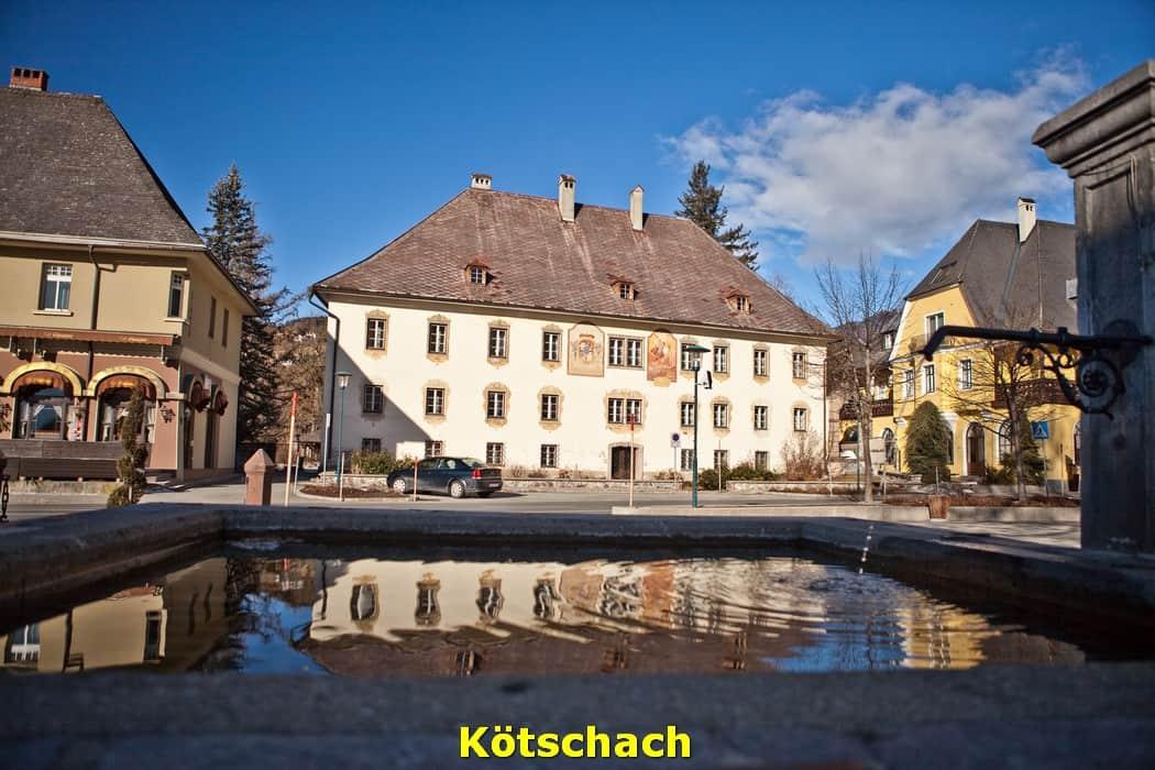 kwo-villa-kotschach-karinthie-oostenrijk-23-kerkplein