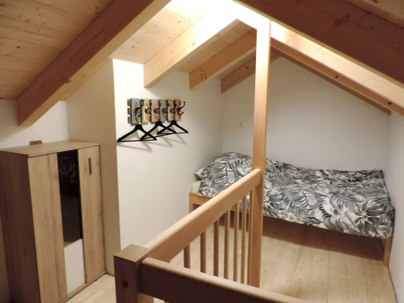 kwo-villa-sonnenglueck-28-zolder-slaapkamer