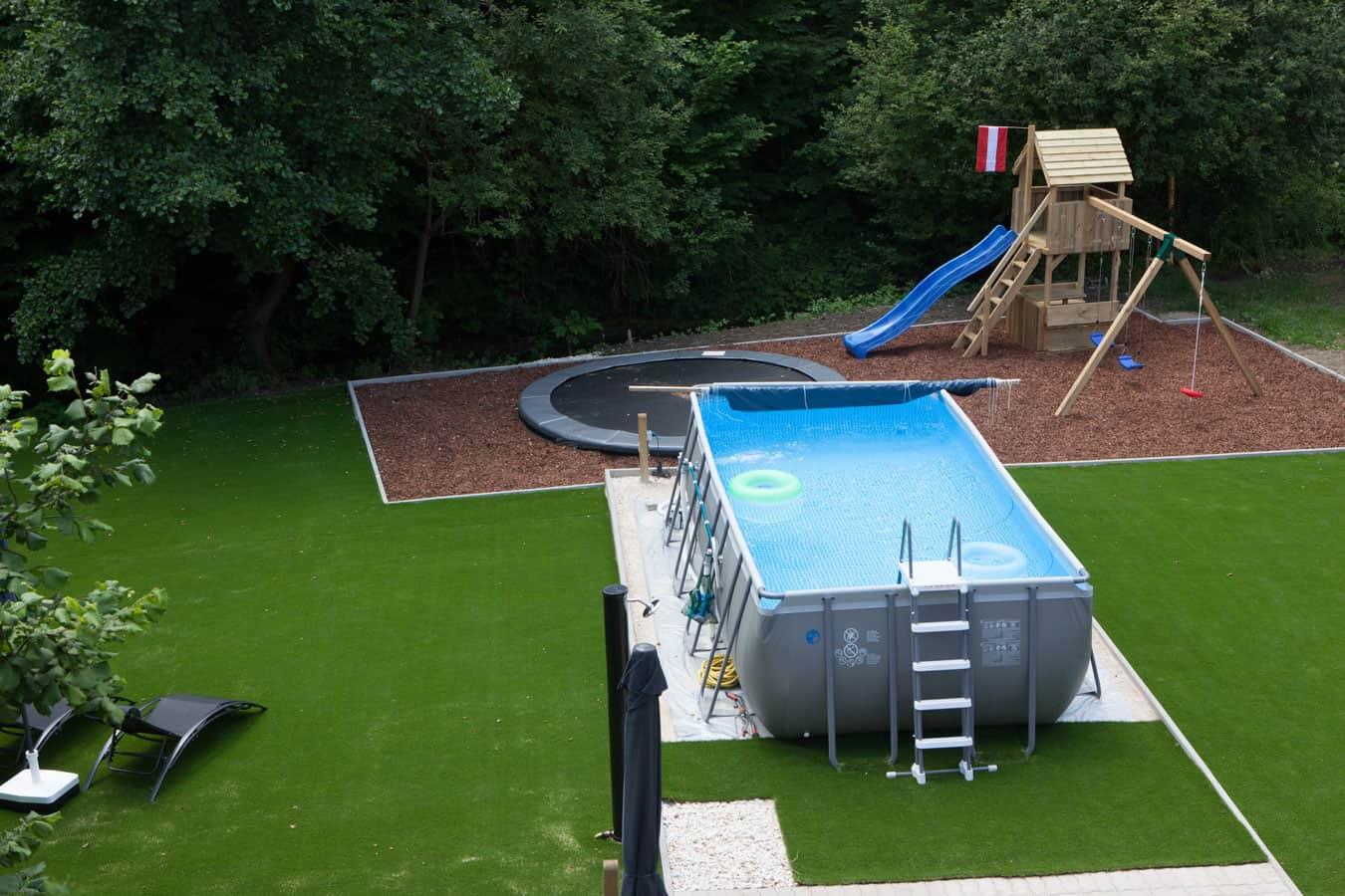 kwo-villa-villa-gluck-auf-1-en-2-zwembad-trampoline-en-speeltoestel